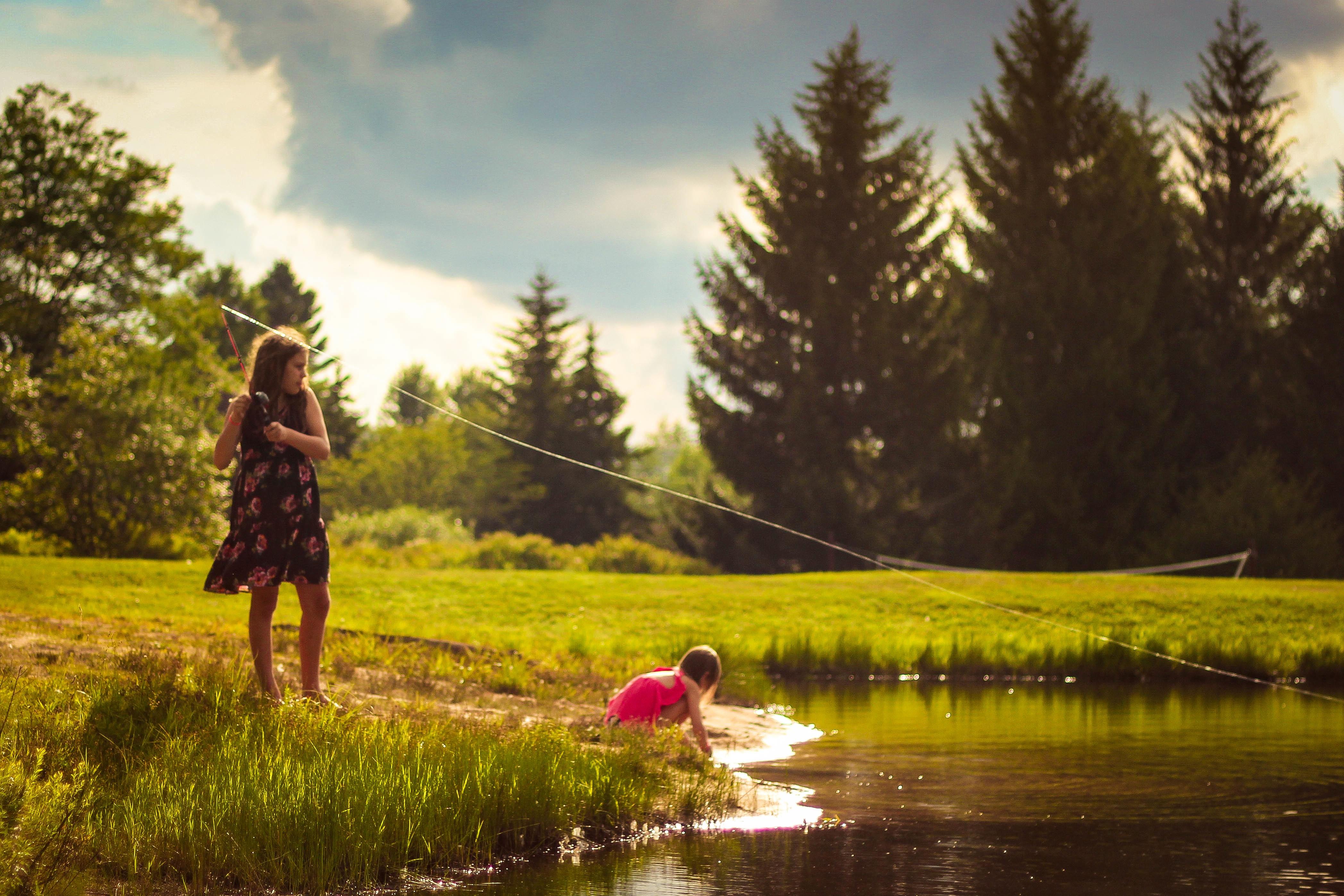 children fishing.jpg